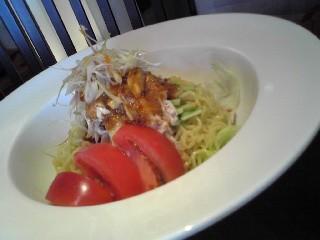 棒棒鶏サラダ麺